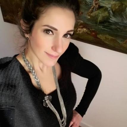 Alessia V. Lestrange